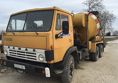Concrete mixer Kamaz