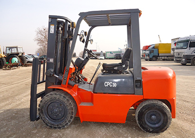Forklift JAK